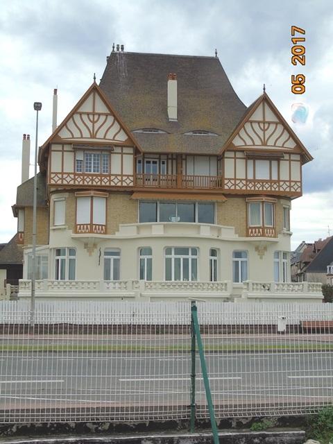 La villa des Abeilles, Deauville